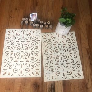 Anthropologie style wood placemats tree vase decor